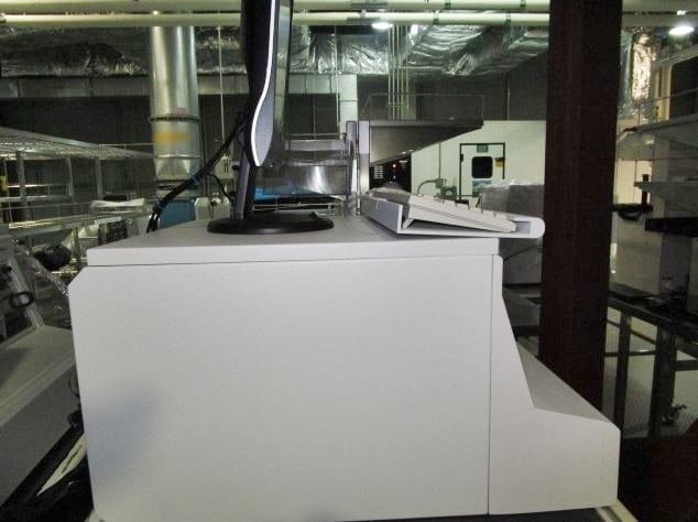 KLA-Tencor-P-10-Surface Profiler-32599 Image 2