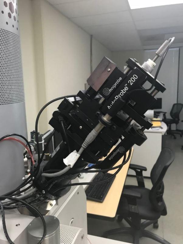 FEI-Quanta 3 D FEG-Dual Beam Focused Ion Beam (FIB)-41844 Image 14