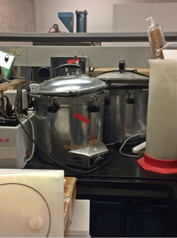 Call for --Lot of Lab Equipment-33492
