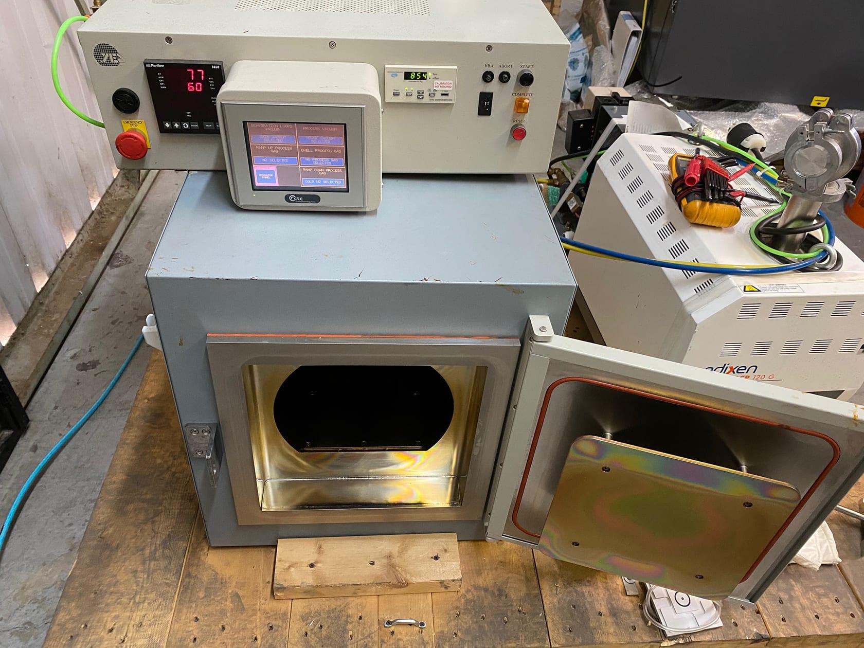 Yes 450 PB 6-2 P Vacuum Oven