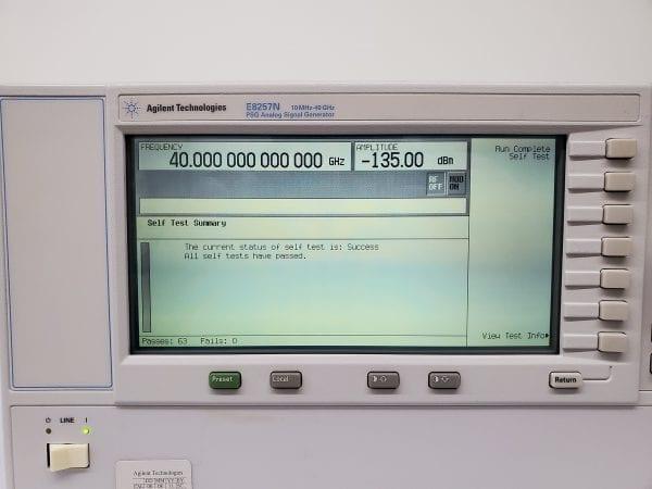 Agilent / Keysight-E 8257 N-PSG Analog Sweep Signal Generator-58101