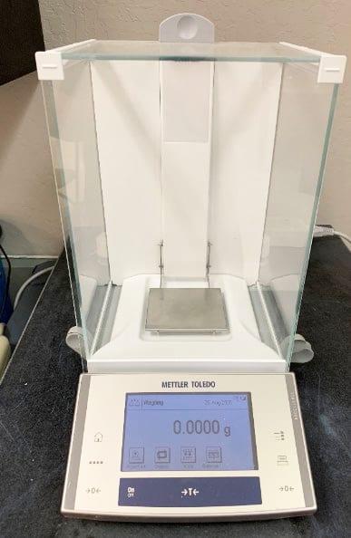 Buy Mettler Toledo XS 104 Analytical Balance 60019