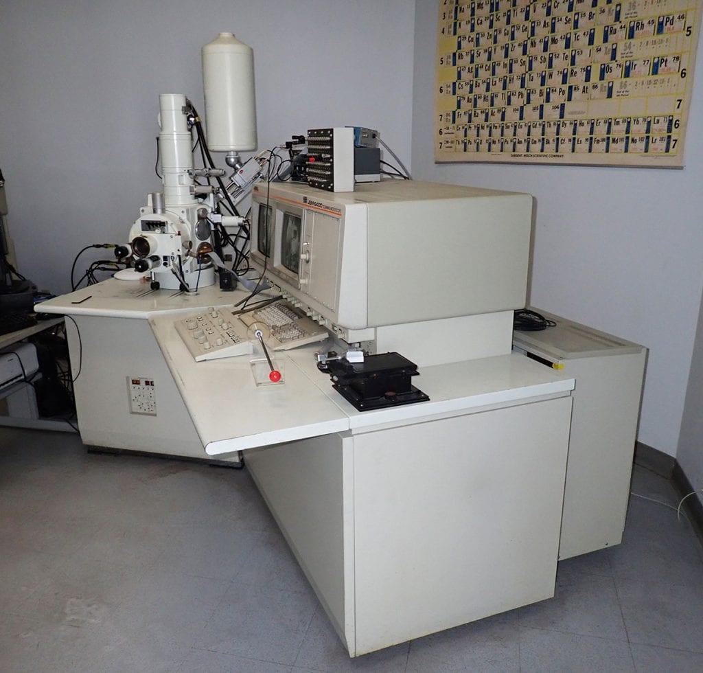Jeol  6400  Scanning Electron Microscope (SEM)  60214 For Sale